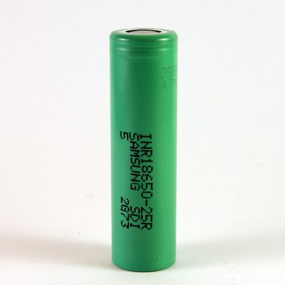 The Samsung 25R 18650 flat top 2500mAh battery.